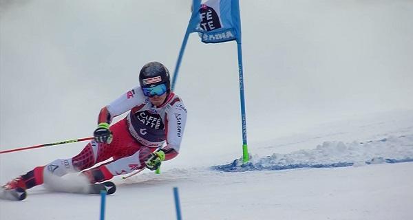 Manuel Feller, un sinvivir de esquiador, ha acabado cuarto.