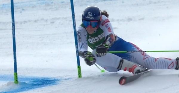 Vlhova, esquiadora de fuerza, lo ha dado todo en su primera victoria en un gigante.