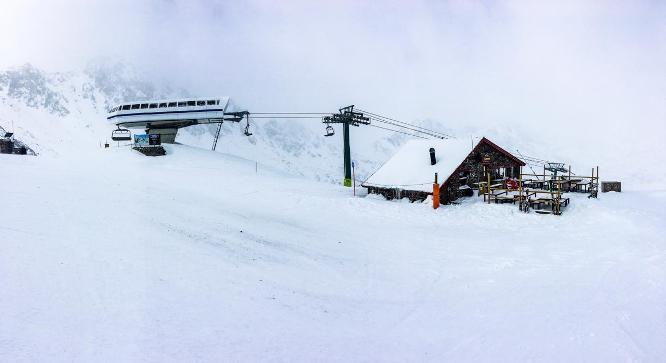 La estación andorrana, a punto de inaugurar el telecabina Tristaina, ha recibido una buena nevada