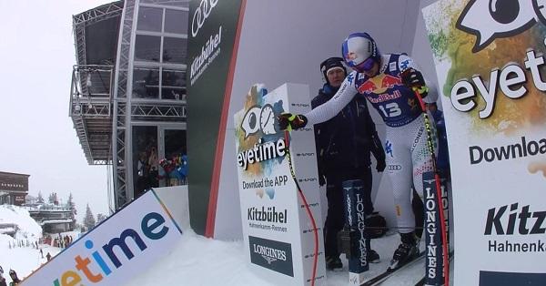 Paris, a punto de tomar la salida para ganar su tercer descenso en la mítica Streif.