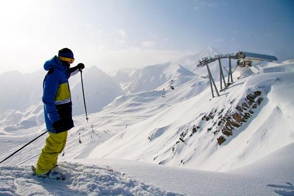 Peyragudes está rodeada de picos increíbles de hasta 3000 metros de altura