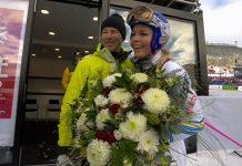 Stenmark ofreció un ramo de flores a Vonn en el descenso de su despedida, donde ganó la medalla de bronce.