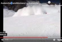 El aficionado escapa a toda velocidad del alud en el camino Kandahar del centro invernal de Suiza