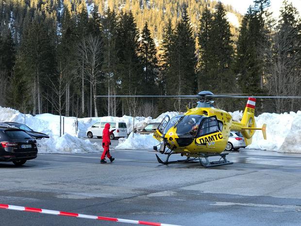 La búsqueda, apoyada por helicópteros de rescate, continúa FOTO: Newspaperphoto.at