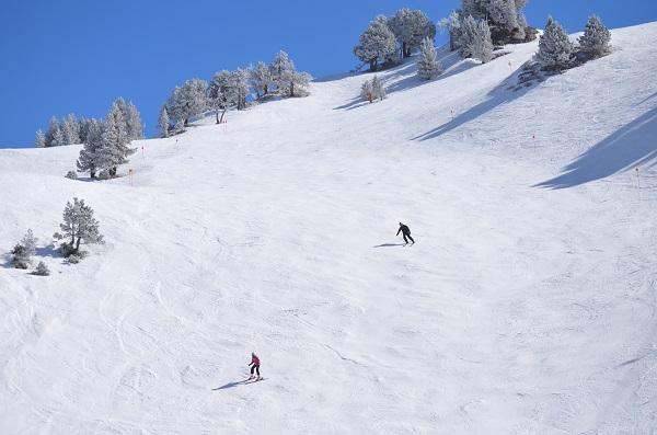 Los espesores actuales de nieve oscilan entre un metro y los 185 cm en cotas altas