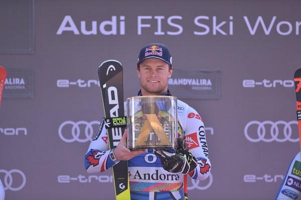 Alexis Pinturault en el podio tras su victoria de hoy en el gigante de Soldeu. FOTO: Toni Grases/@photoset.es