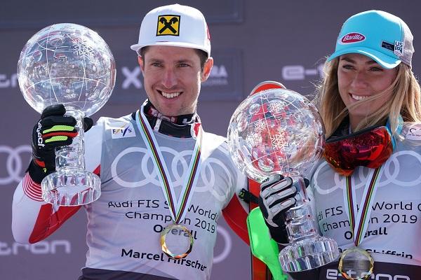 Marcel Hirscher y Mikaela Shiffin con sus Grandes Globos de cristal, el octavo para él y el tercero para ella. FOTO: Oriol Molas