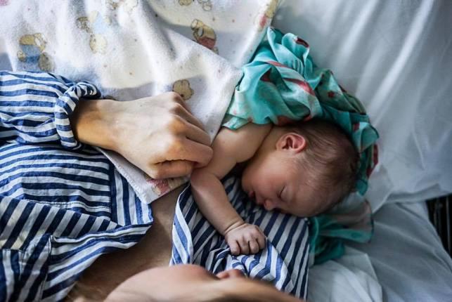 Con esta entrañable fotografía, Jornet y Forsberg anunciaban el nacimiento de su hijo