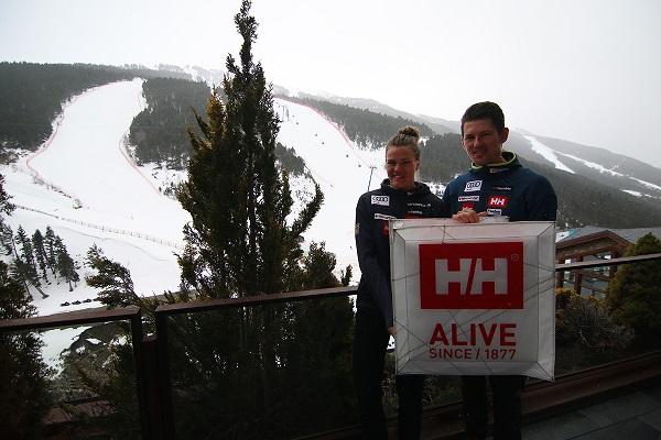 Helly Hansen patrocina el equipo sueco de esquí alpino.
