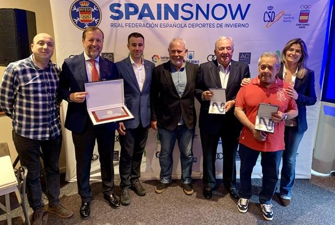 También se entregaron las medallas RFEDI-Spainsnow al mérito deportivo